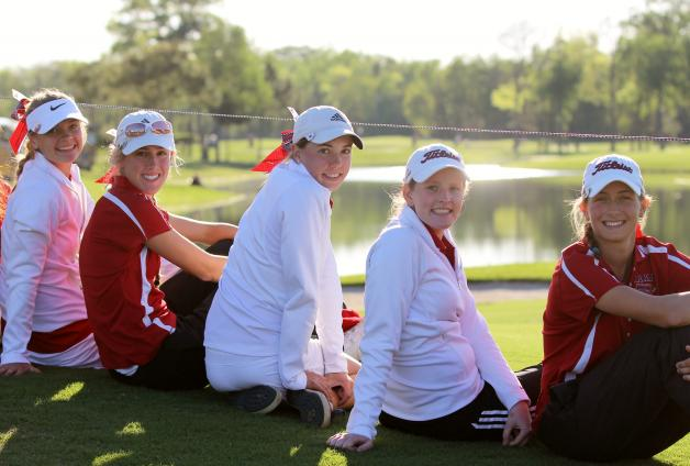 Girls Golf Team Places 4th at Regionals